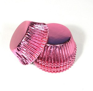 Standard size cupcake liners in Pink foil