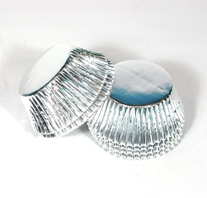 Standard size cupcake liners in Silver foil